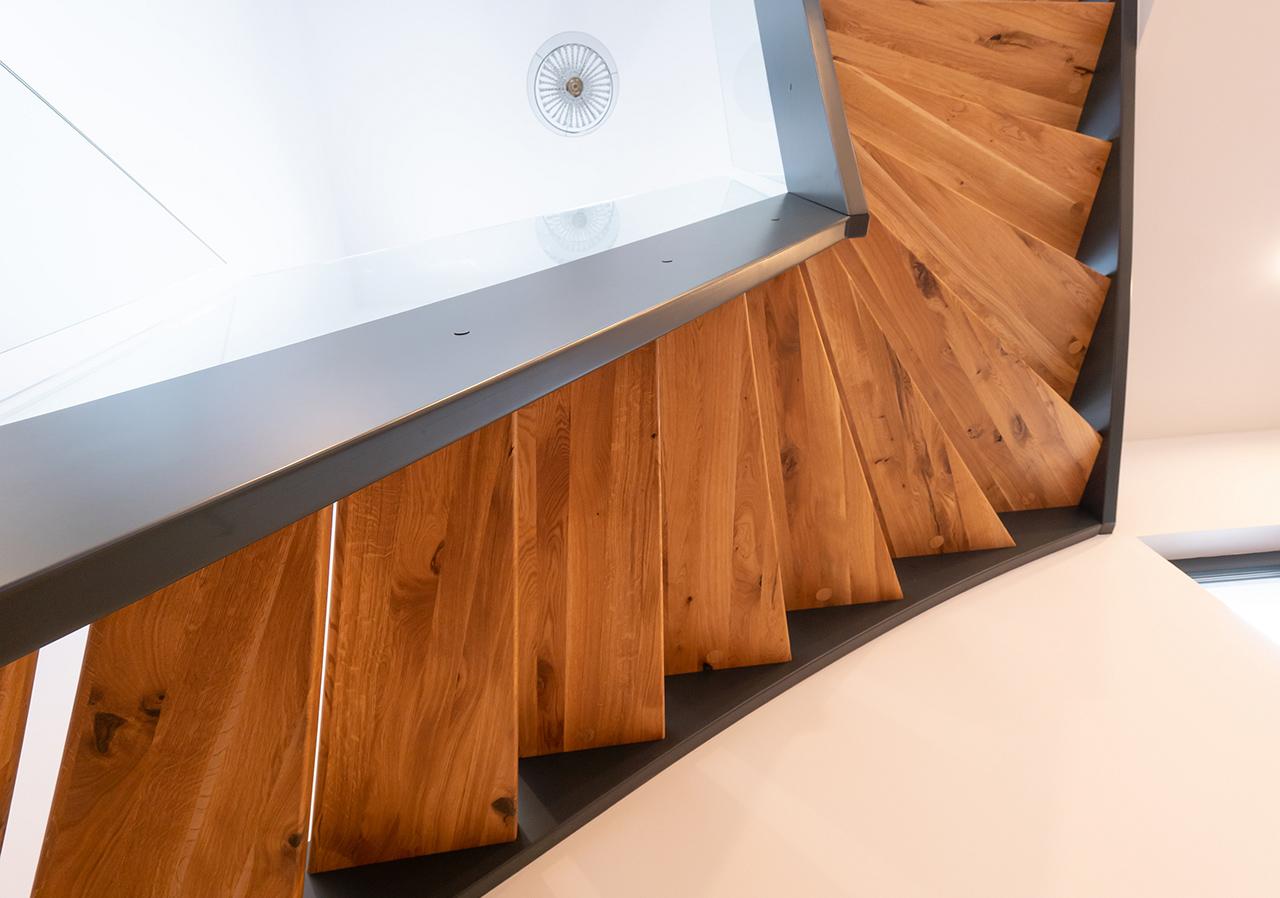 Nowoczesne schody drewniane 1
