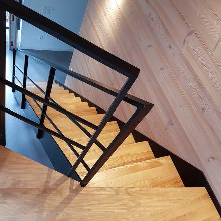 schody na konstrukcji stalowej